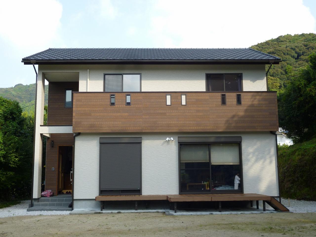 長崎・佐賀・福岡の住宅用太陽光発電・産業用太陽光発電は、日本エコネットにおまかせください。